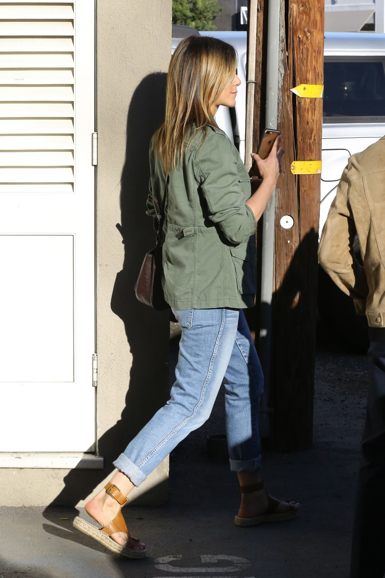 Jennifer Aniston Street Style  Shopping in West Hollywood 38 2017