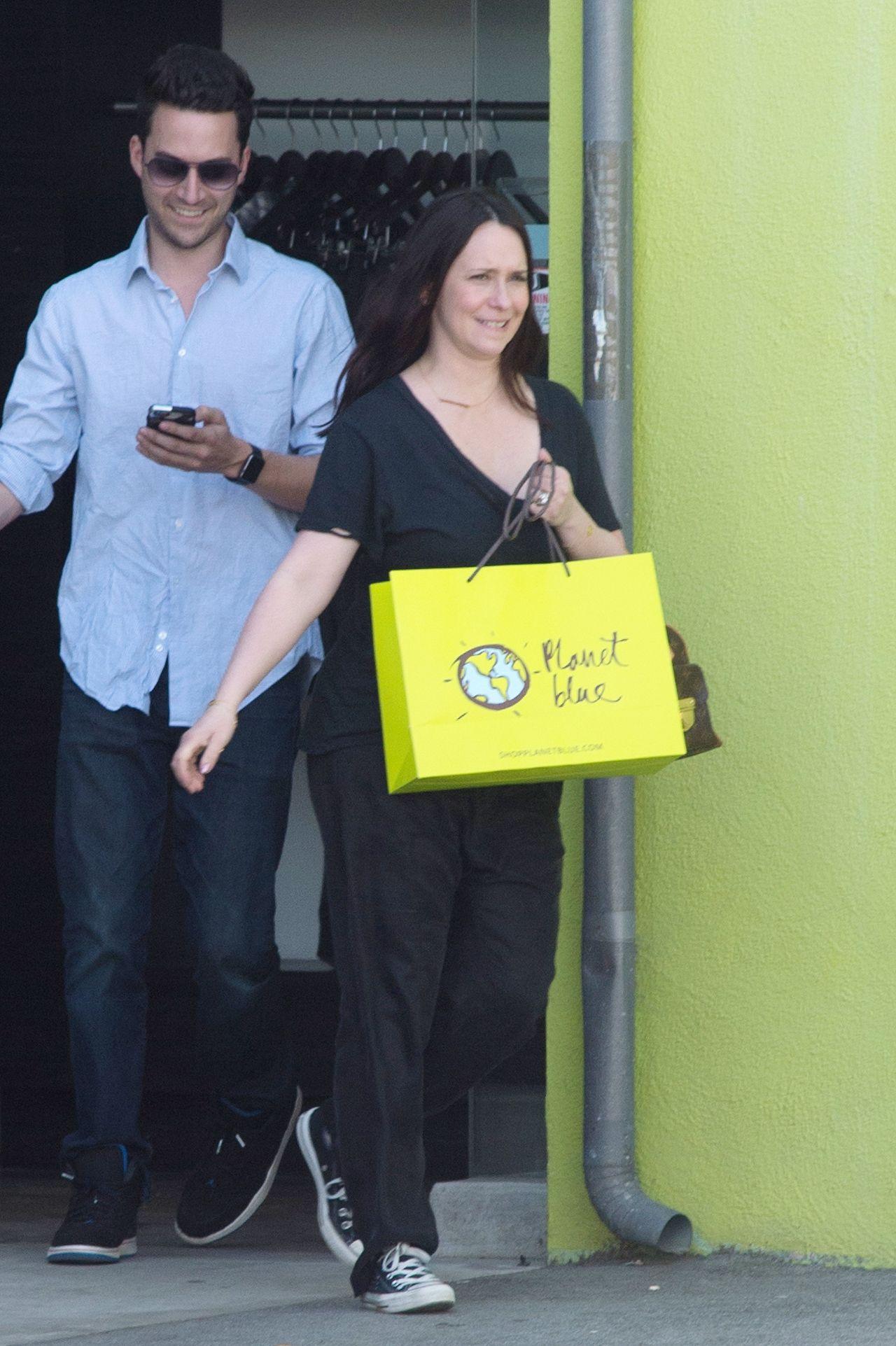 Jennifer Love Hewitt  Shopping in Los Angeles 36 2017