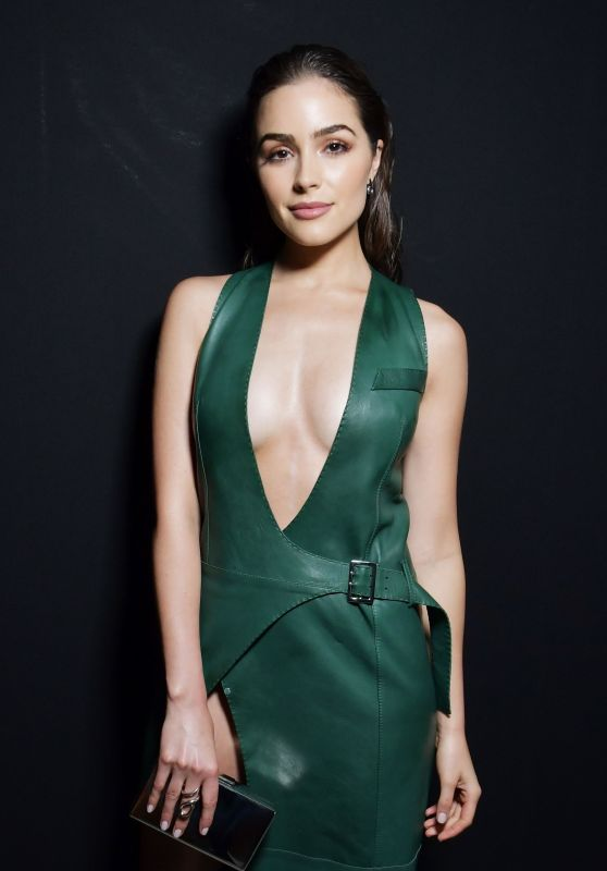Olivia Culpo at Paris Fashion Week - Poses at Mugler Show Backstage 3/4/ 2017