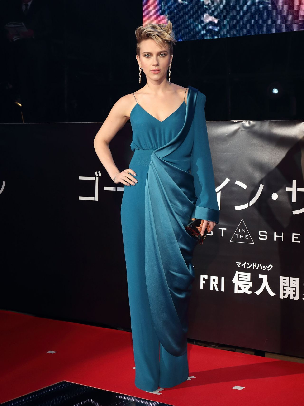 Scarlett Johansson Ghost In The Shell Red Carpet In