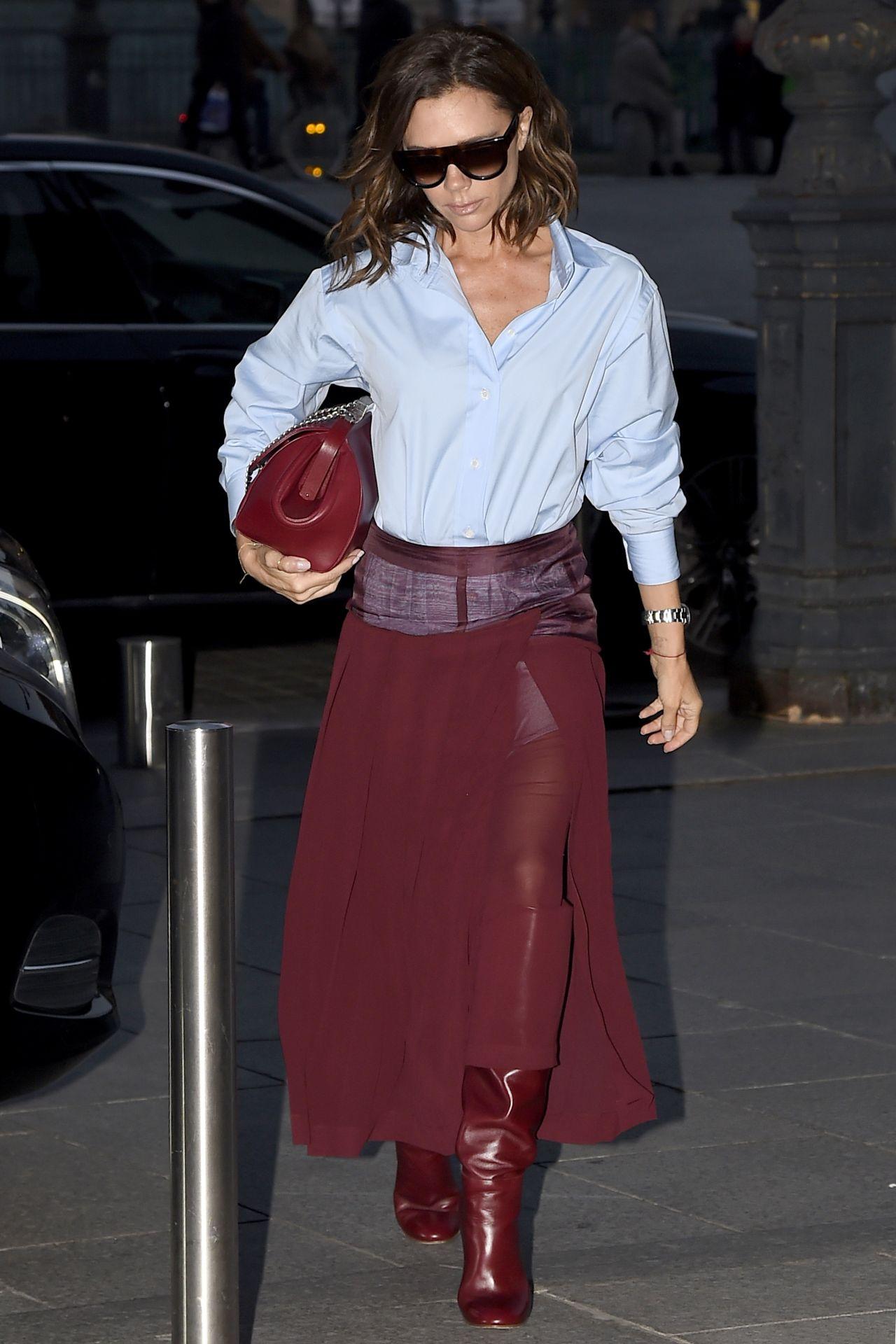 Victoria Beckham Style  Returns to Her Paris Hotel 310 2017