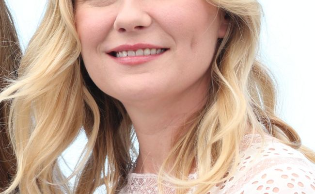 Kirsten Dunst The Beguiled Photocall At Cannes Film