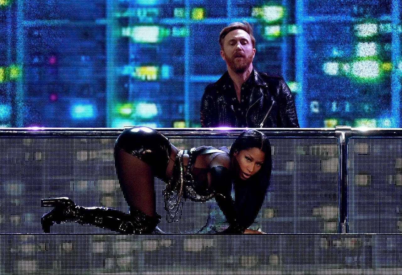 Nicki Minaj  Performing Live At Billboard Music Awards In