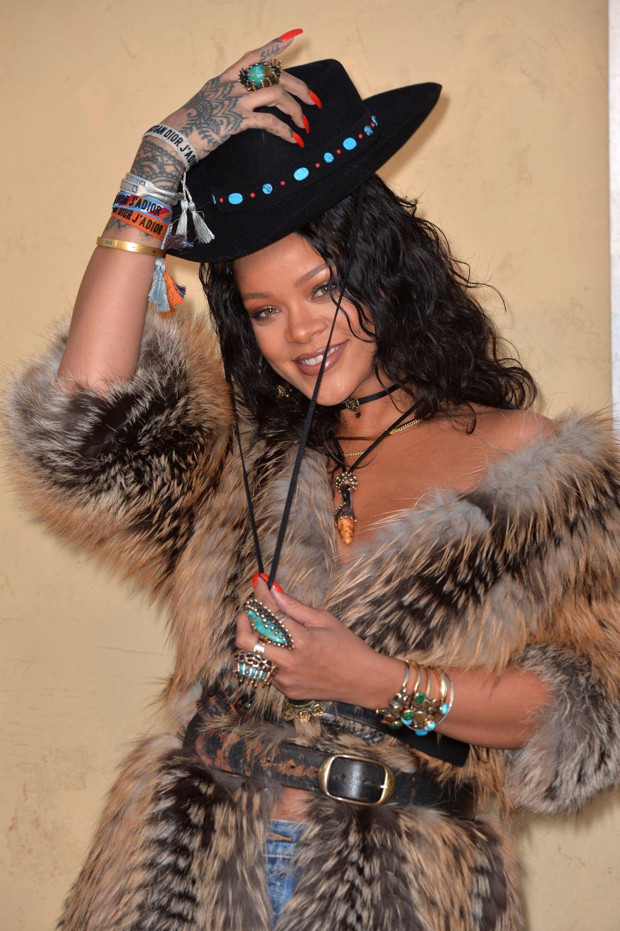 Rihanna  Christian Dior Cruise 2018 in LA 05112017