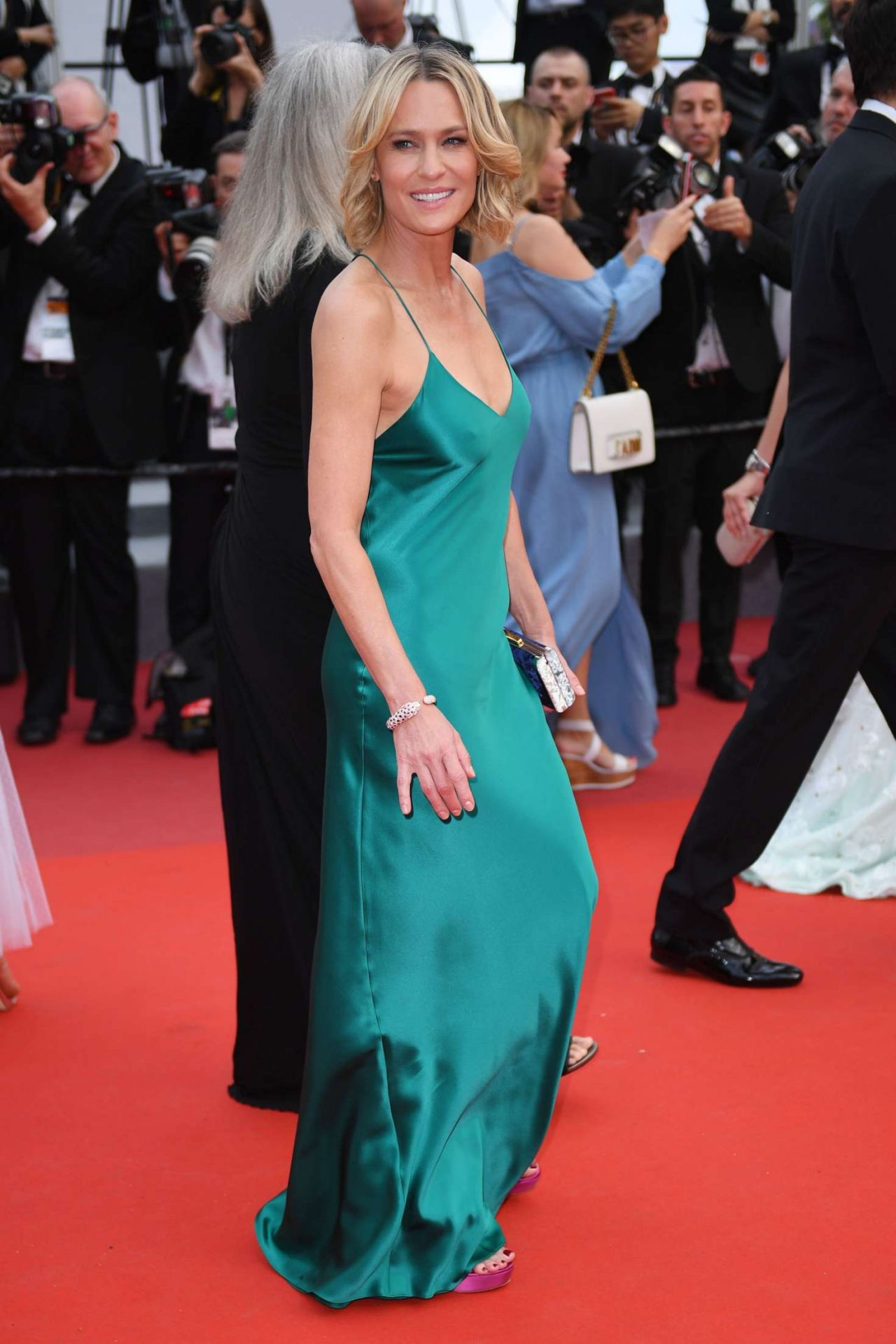 Robin Wright Loveless Nelyubov Screening At Cannes