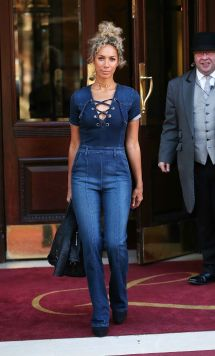Leona Lewis In Jeans - Leaving Landmark Hotel