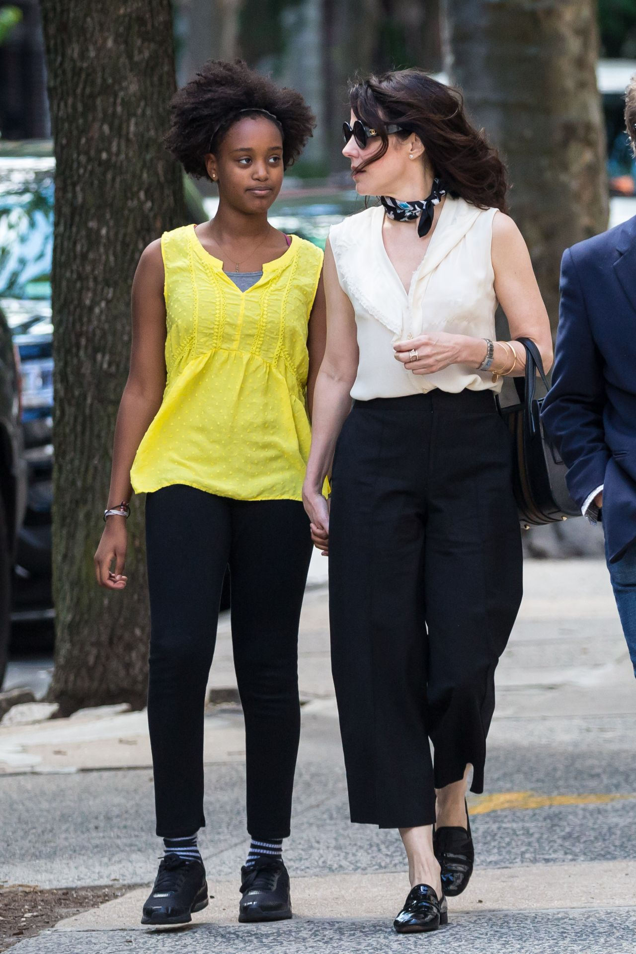 Mary Louise Parker With Her Daughter in Brooklyn 06222017