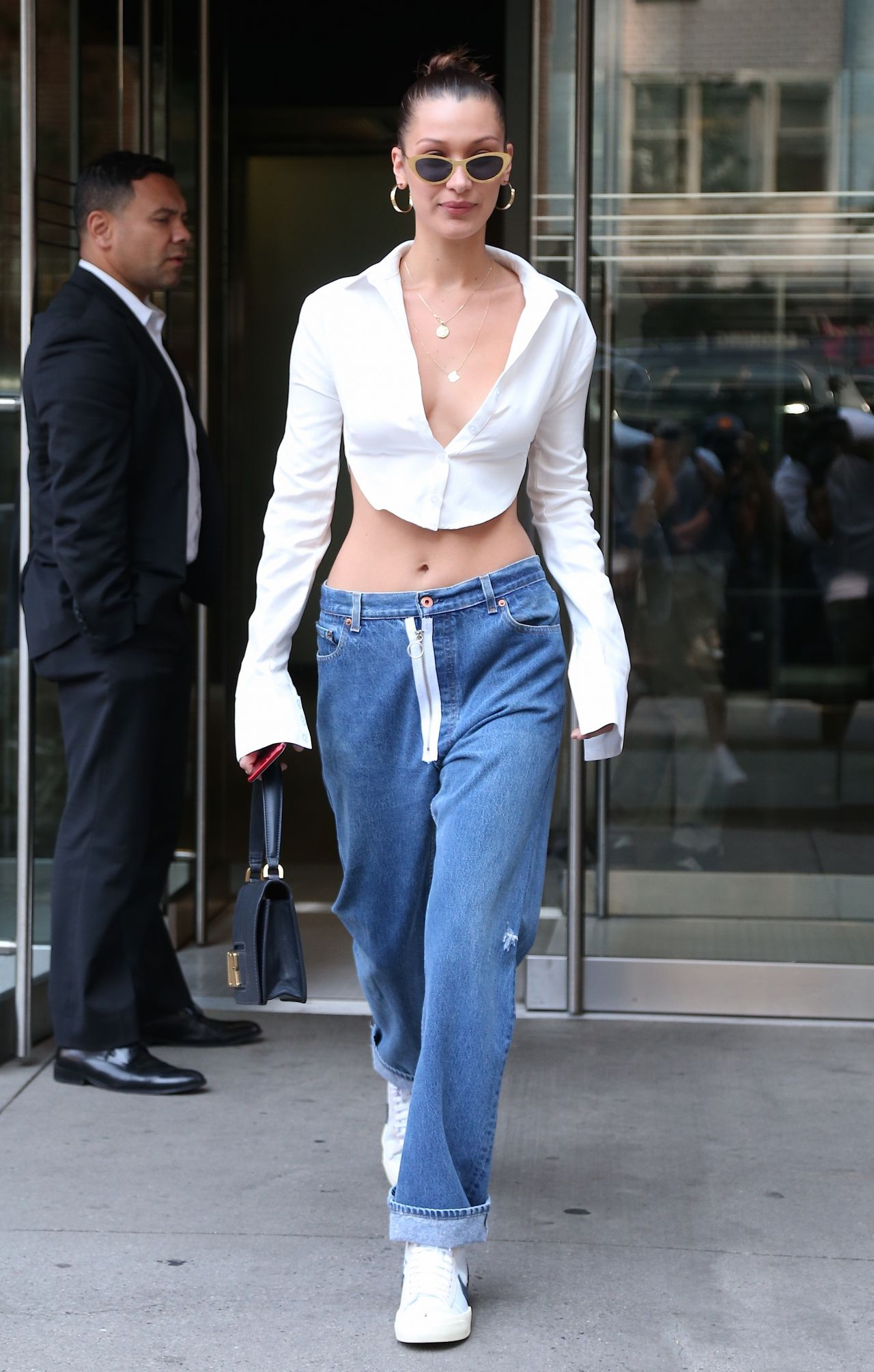 Bella Hadid Street Style  Leaving Her Hotel in New York