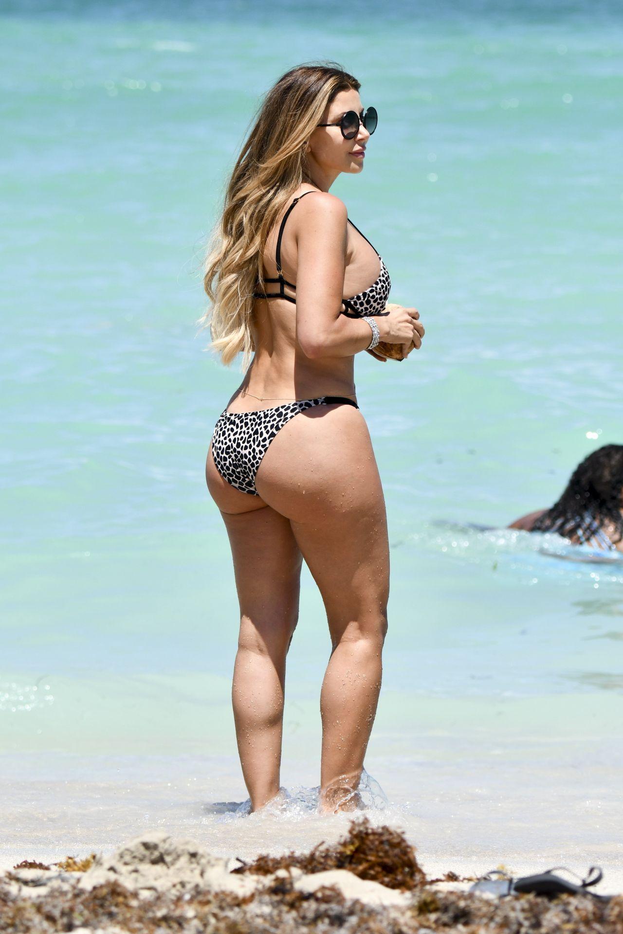 Larsa Pippen in Bikini Beach Day in Miami 07012017