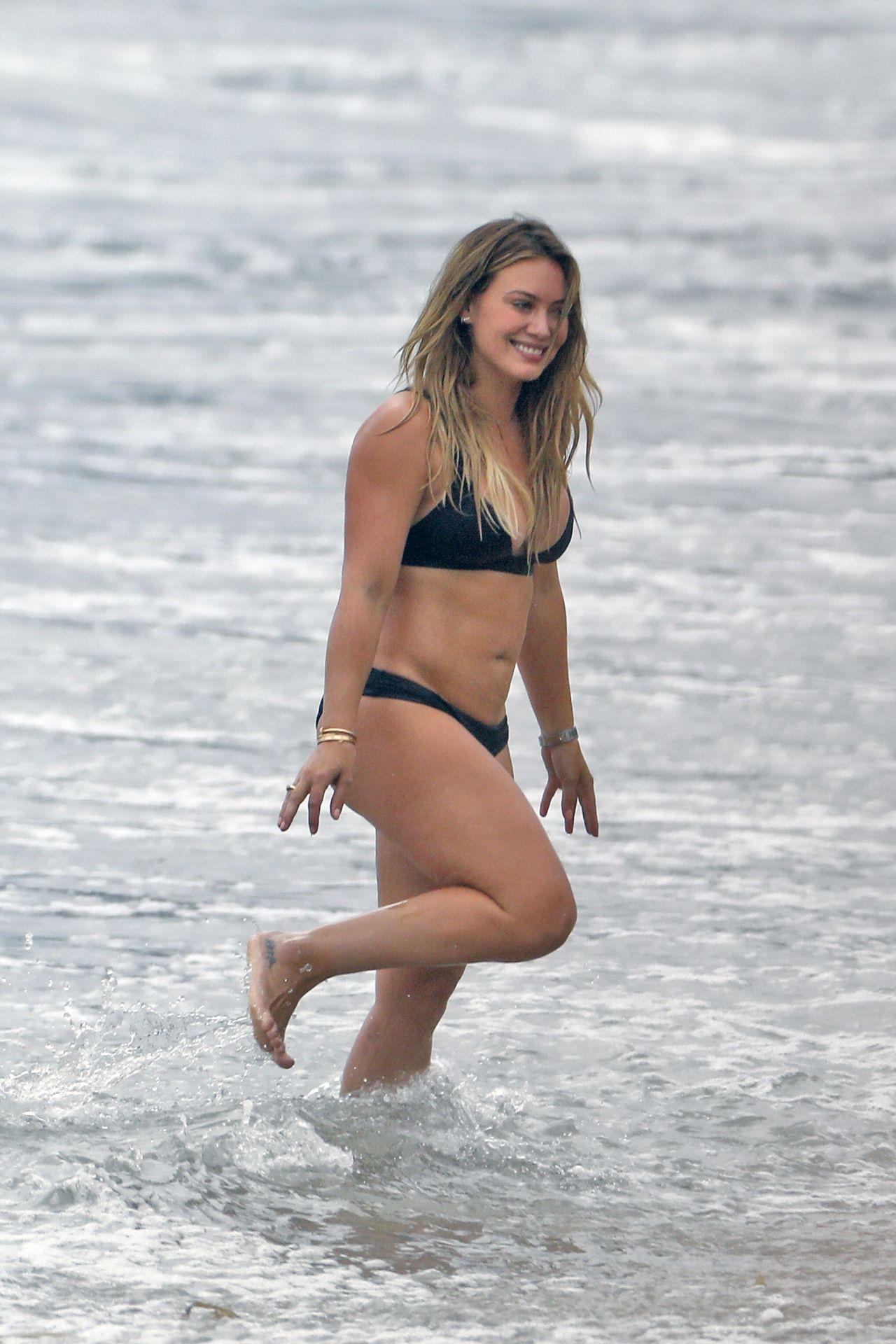Hilary Duff In Black Bikini Beach In Malibu 09042017