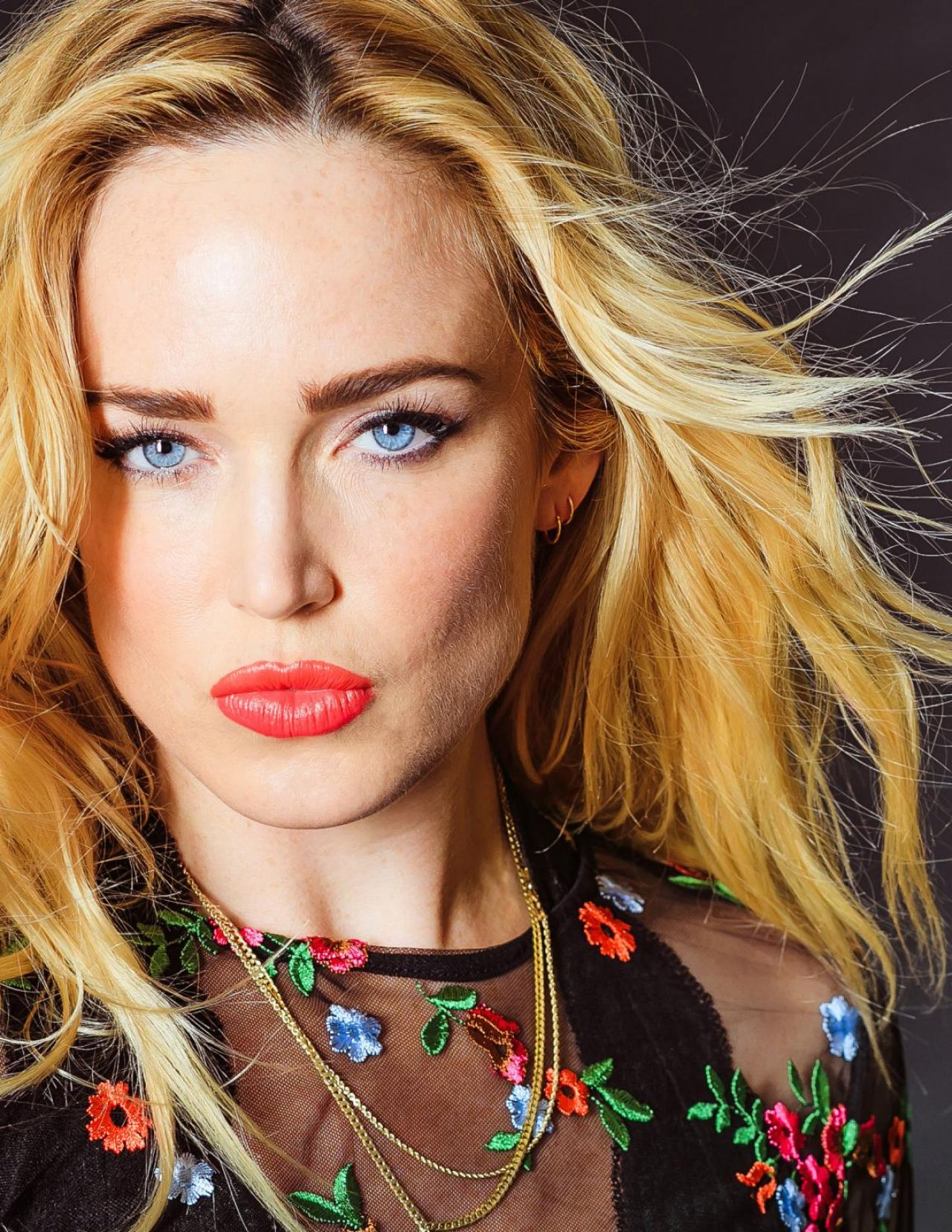 Legends Of The Fall Wallpaper Caity Lotz Nkd Magazine Issue 76 October 2017