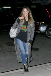 Heidi Klum Casual Style - Returns Hotel In Yor