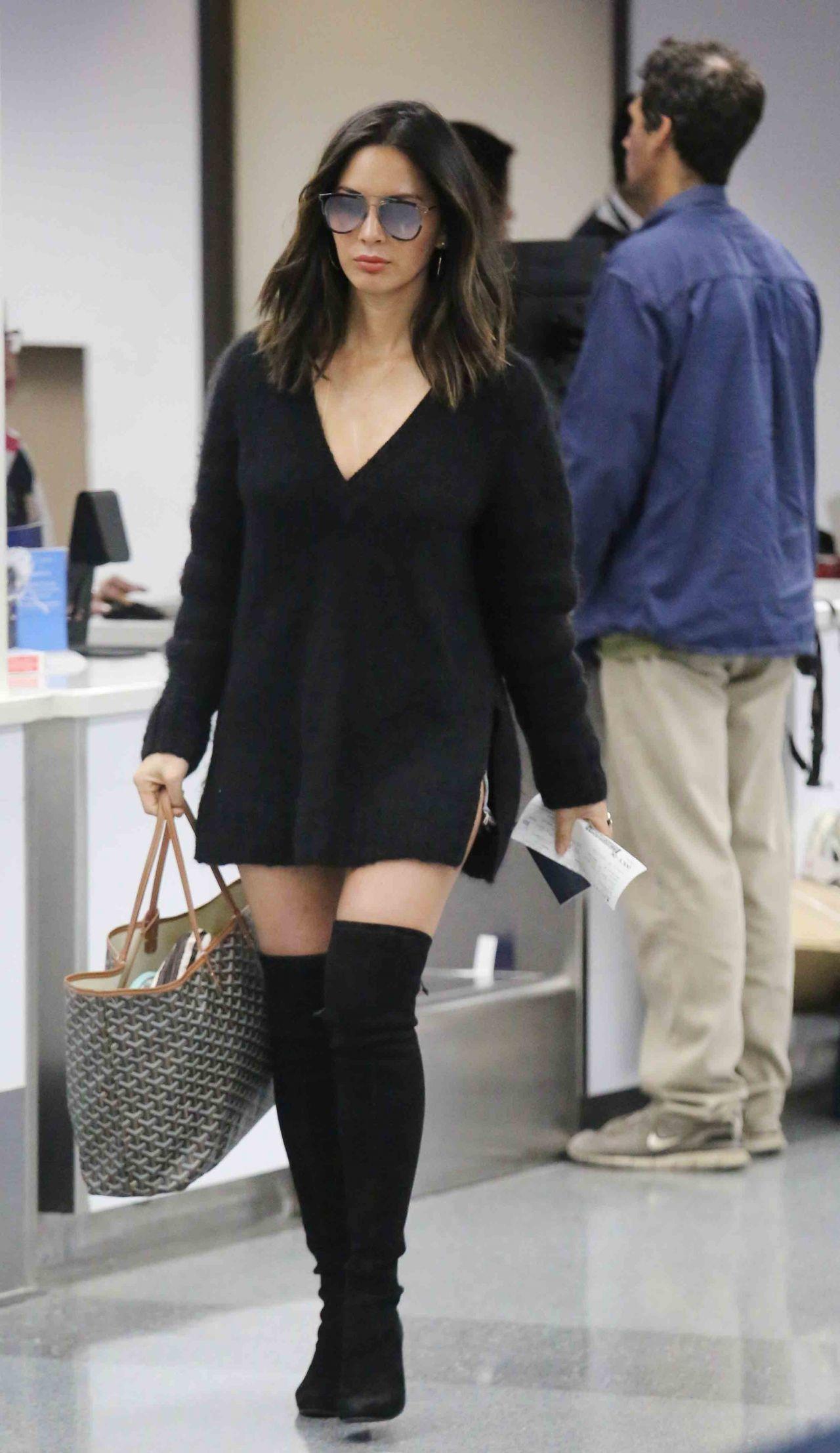Olivia Munn At LAX Airport In LA 10102017