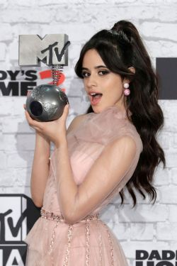 camila cabello mtv europe music awards 2017 in london