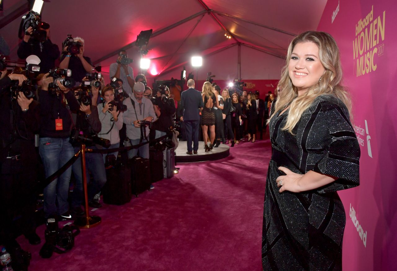 Kelly Clarkson  2017 Billboard Women in Music in LA