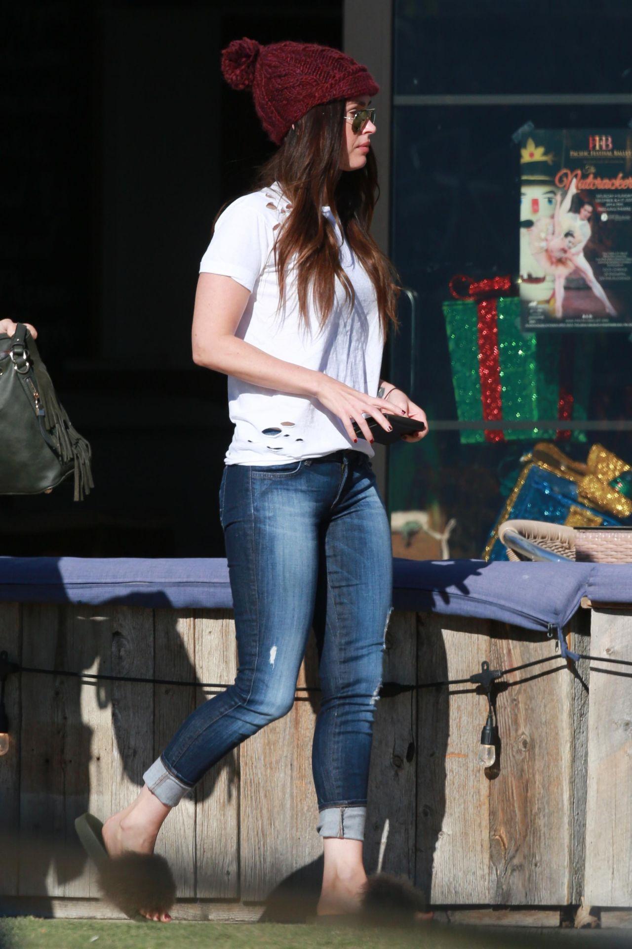 Megan Fox Street Style  Malibu 12132017