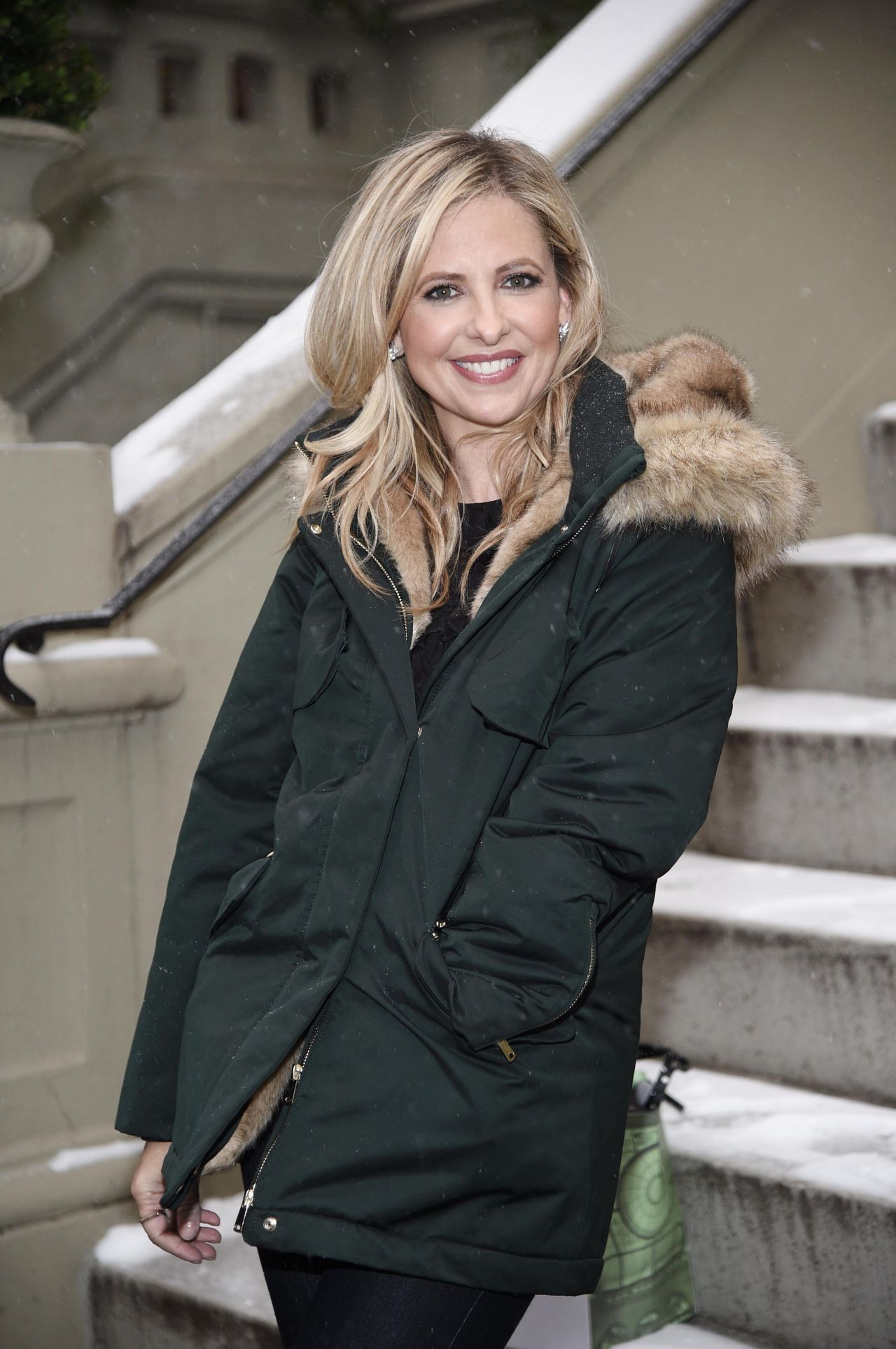Sarah Michelle Gellar  Foodstirs Chat for Facebook Live in NYC