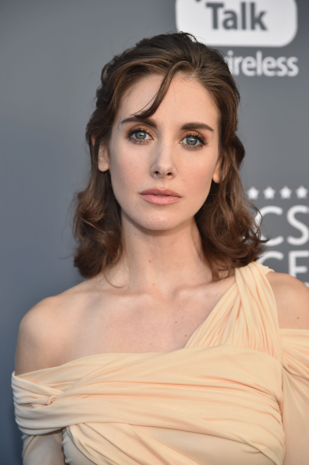 Alison Brie  2018 Critics Choice Awards