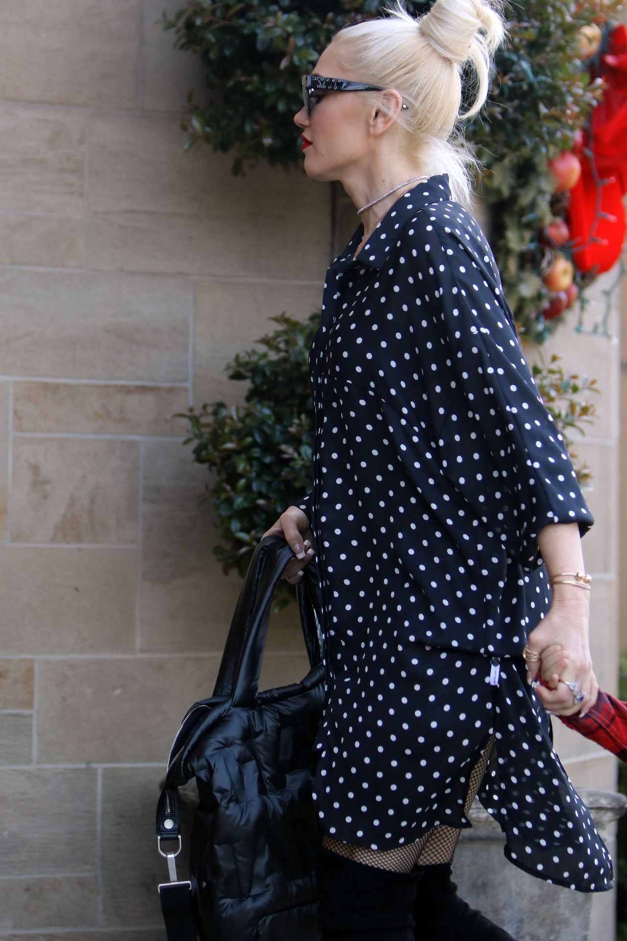 Gwen Stefani in Casual Outfit Arriving to Church in LA