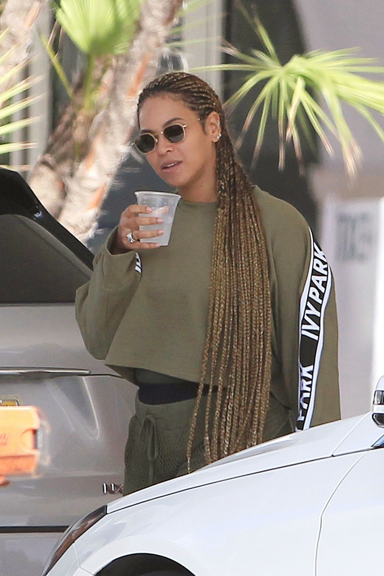 Beyonce on a Luxury Yacht in Miami February 2018