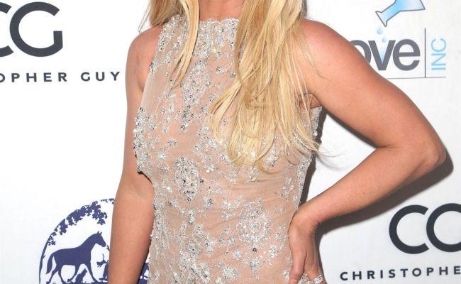 Britney Spears 2018 Hollywood Beauty Awards In La