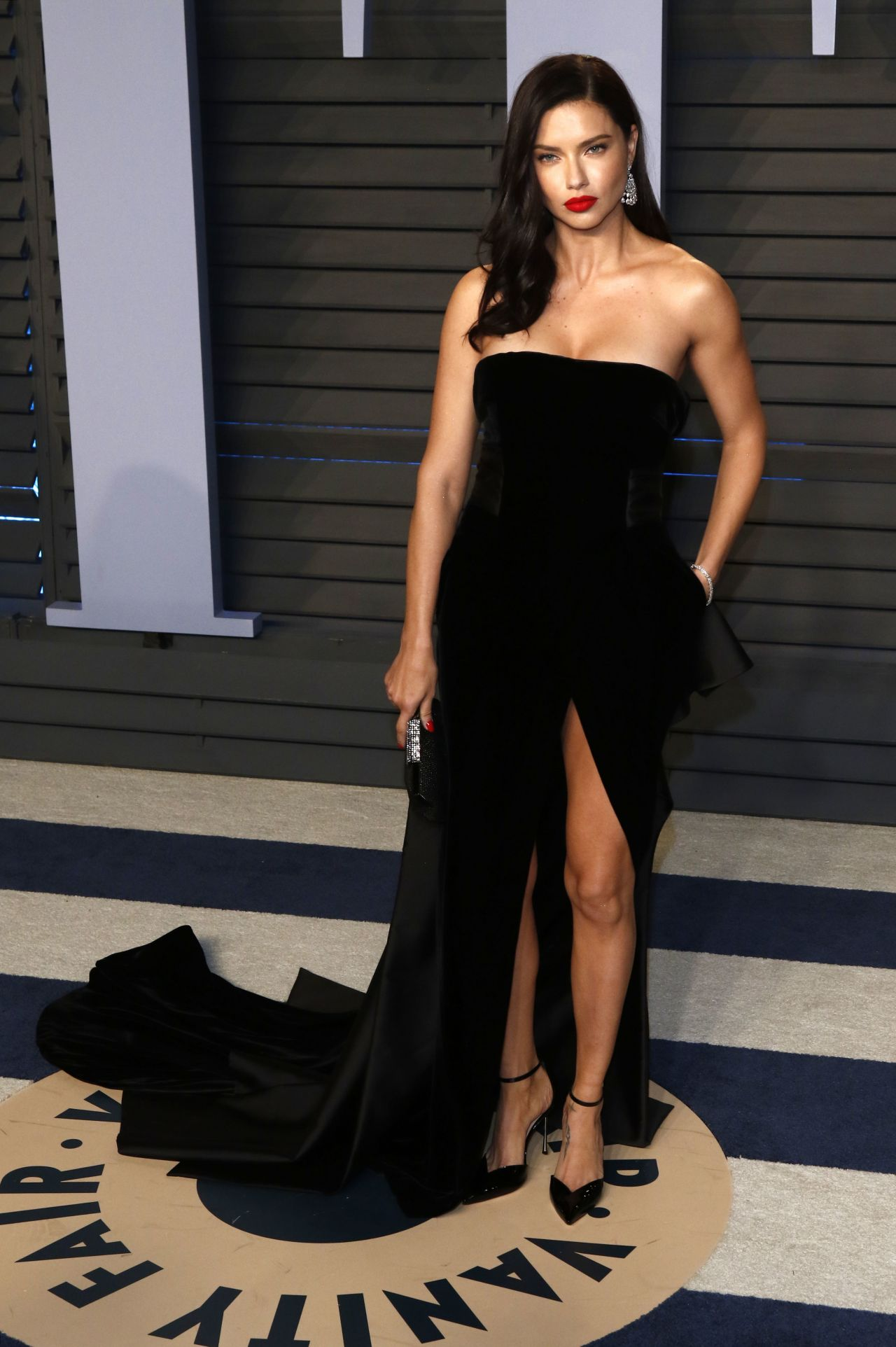 Adriana Lima 2018 Vanity Fair Oscar Party In Beverly Hills
