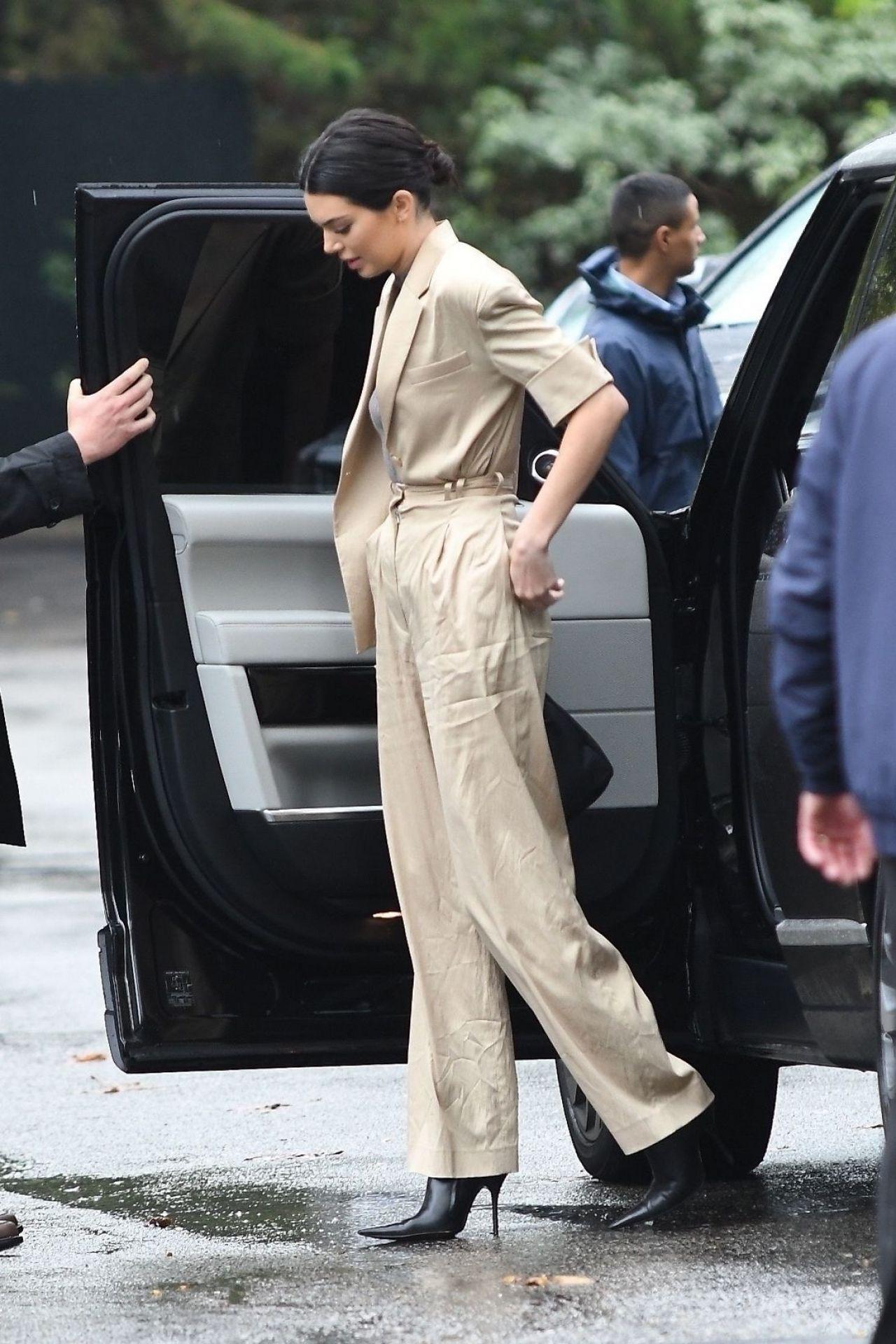Kendall Jenner  Arriving at Khloe Kardashians Baby Shower at the Bel Air Hotel 03102018