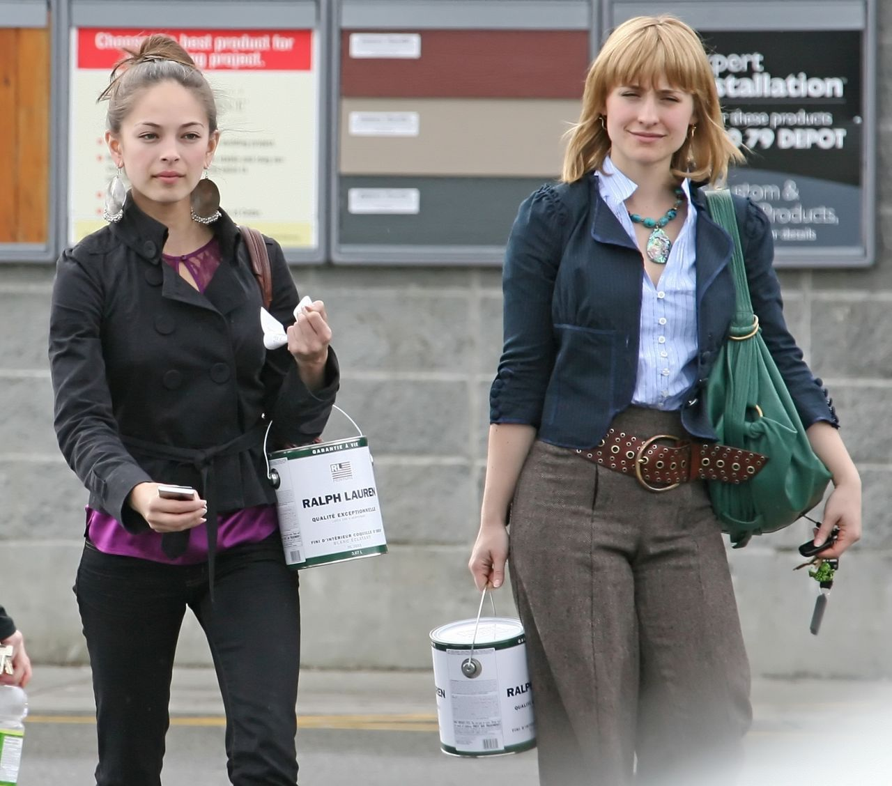 Kristin Kreuk And Allison Mack Shopping In Vancouver 03