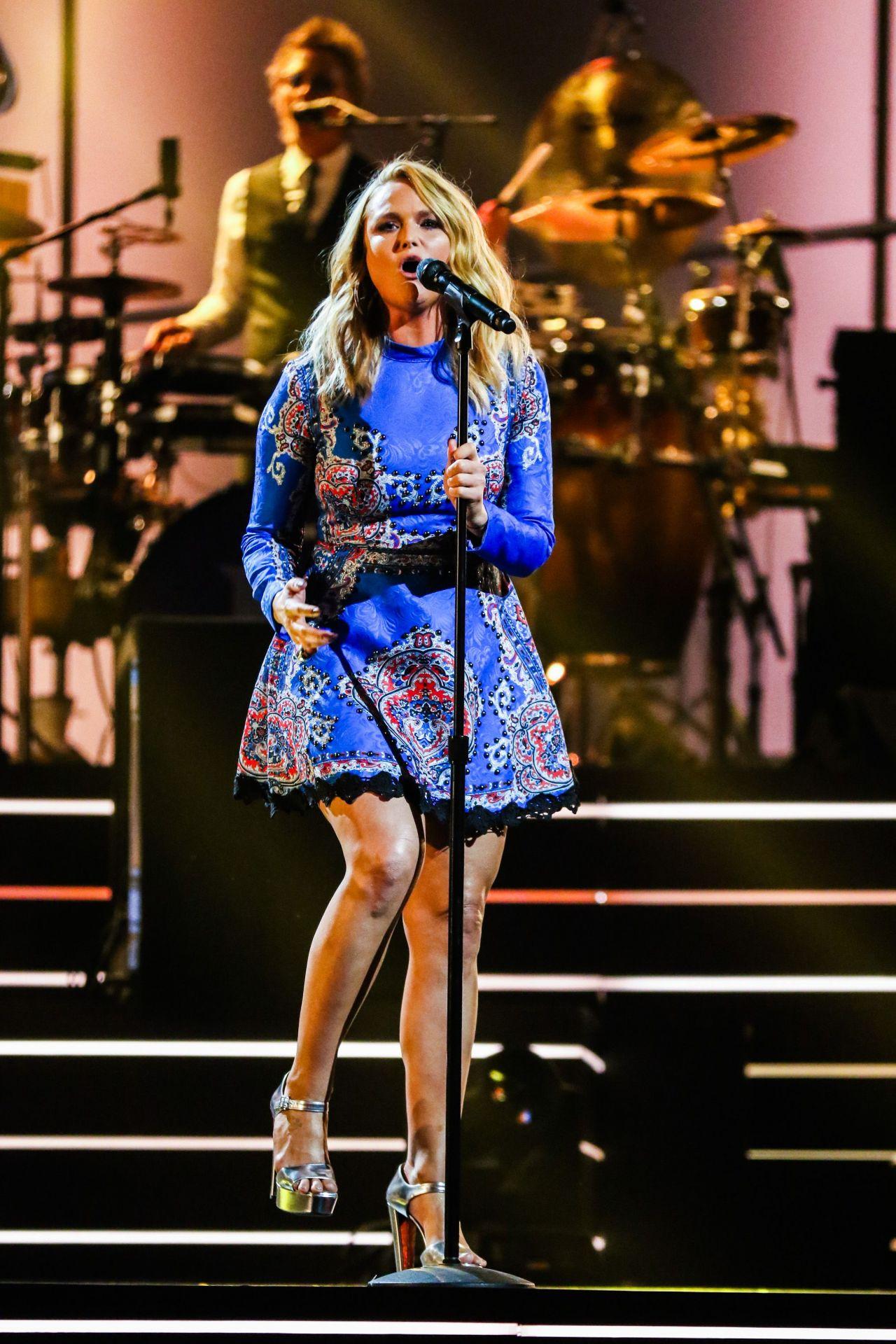 Miranda Lambert  Elton John Im Still Standing  A Grammy Salute Concert in New York 03302018