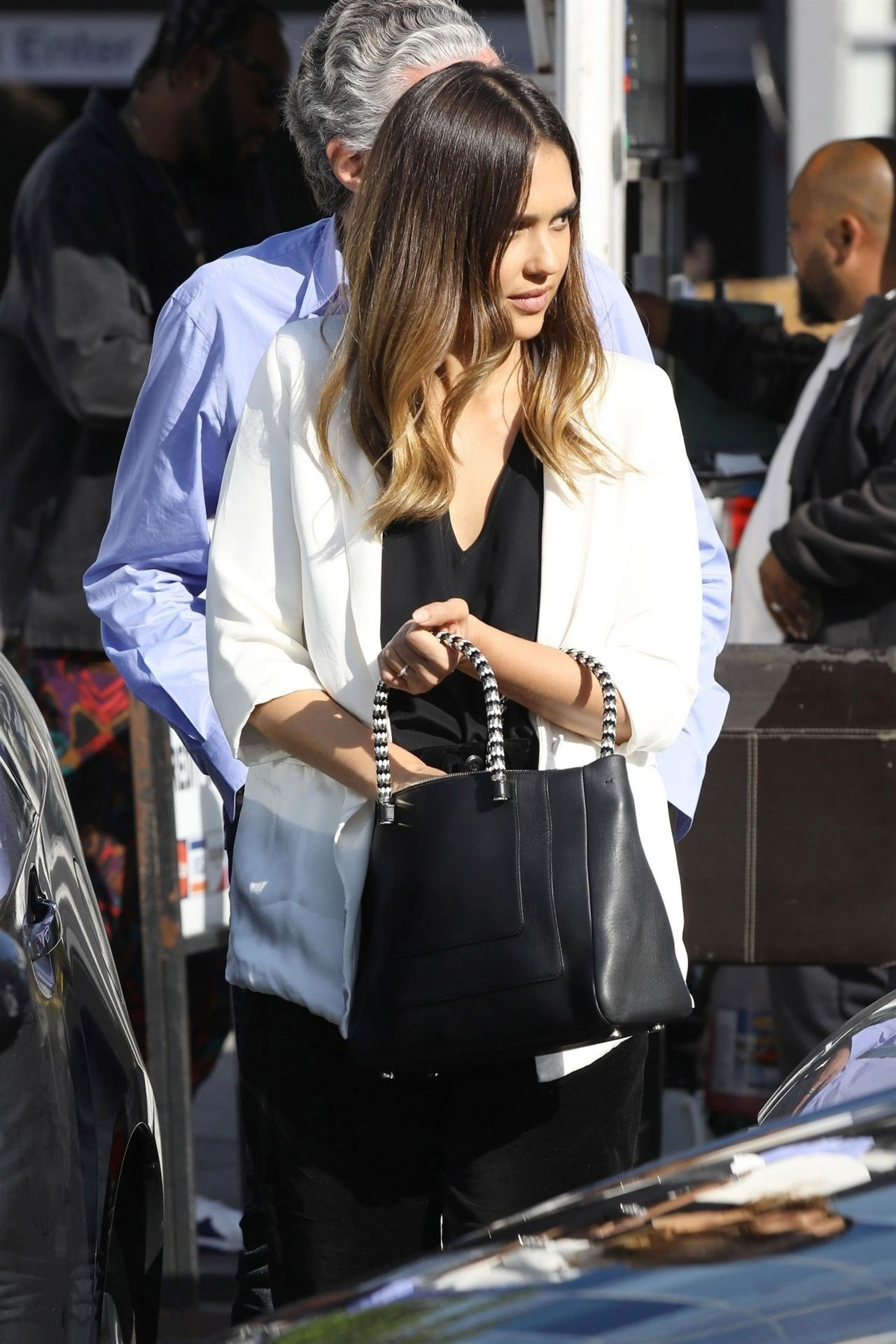 https://i0.wp.com/celebmafia.com/wp-content/uploads/2018/05/jessica-alba-heading-to-a-business-meeting-in-beverly-hills-05-23-2018-2.jpg