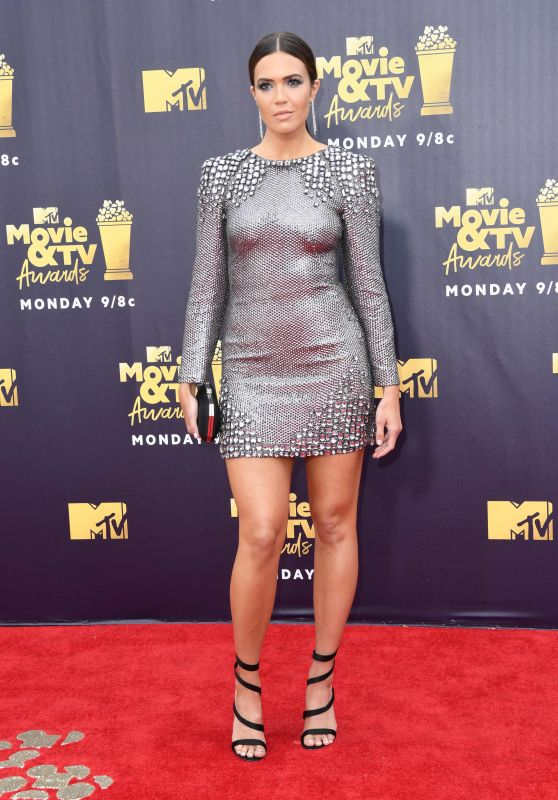 Image result for mtv movie awards 2018 mandy moore
