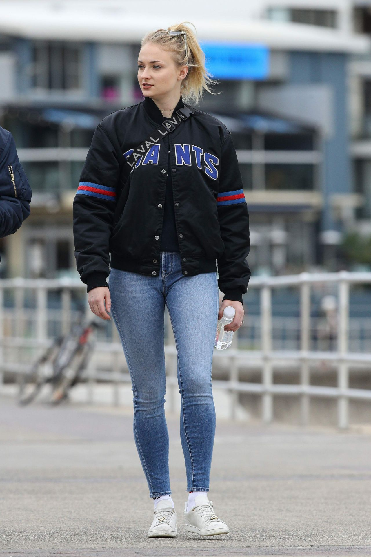 Sophie Turner and Joe Jonas Street Style  Sydney 06082018