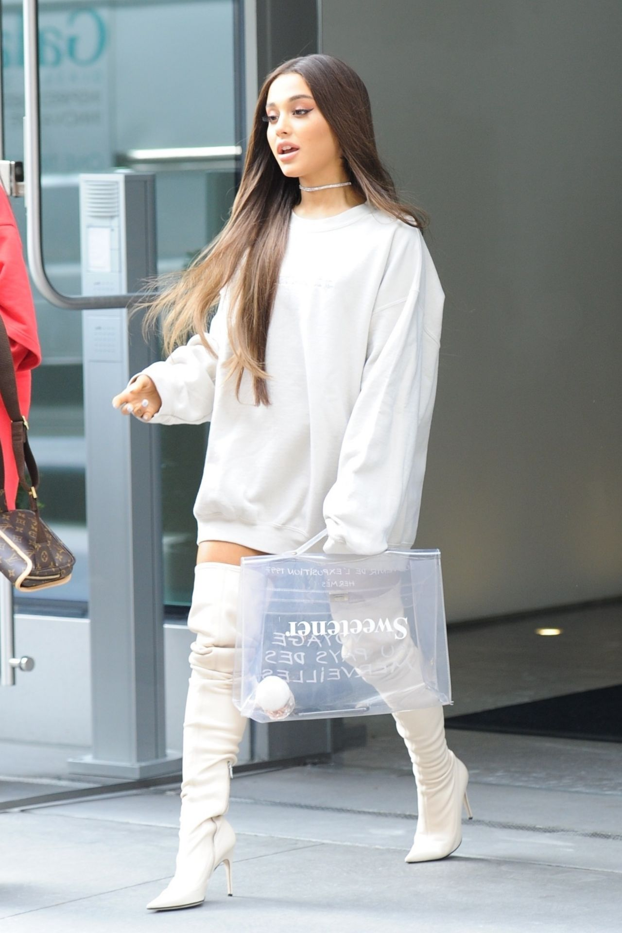 Ariana Grande Out In NYC 08172018