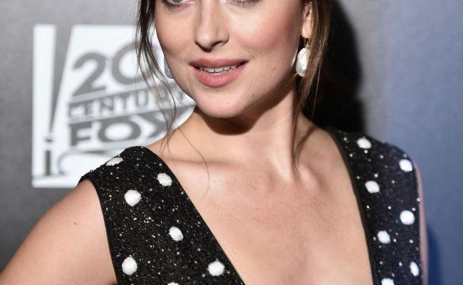 Dakota Johnson Bad Times At The El Royale Premiere In