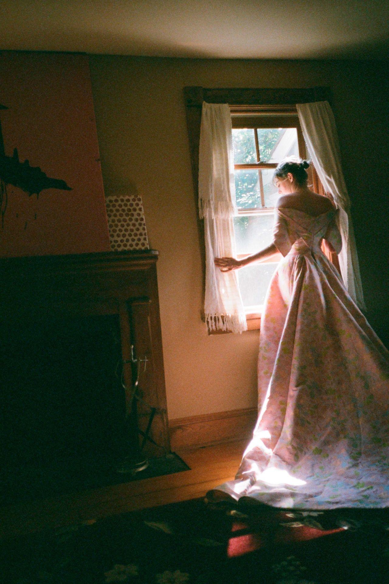 Maya Hawke  Zac Posens Spring 2019 Collection