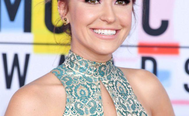 Lauren Daigle 2018 American Music Awards In Los Angeles