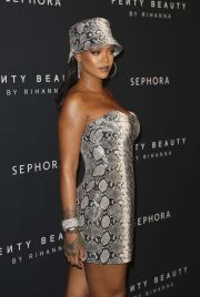 rihanna - fenty beauty