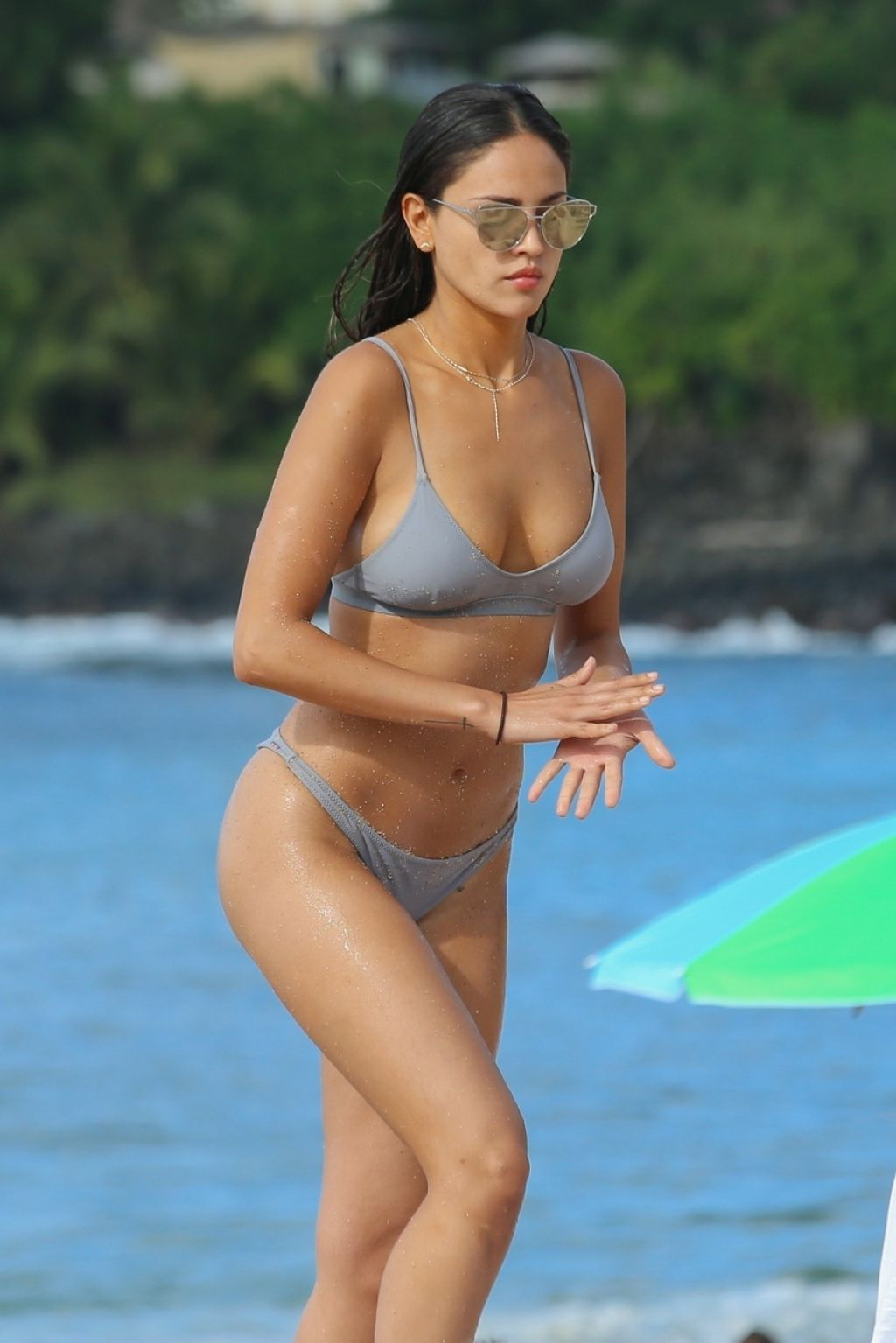 Eiza Gonzalez Hot in Bikini 11182018