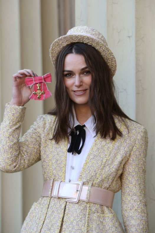 Keira Knightley - Investiture at Buckingham Palace in ...