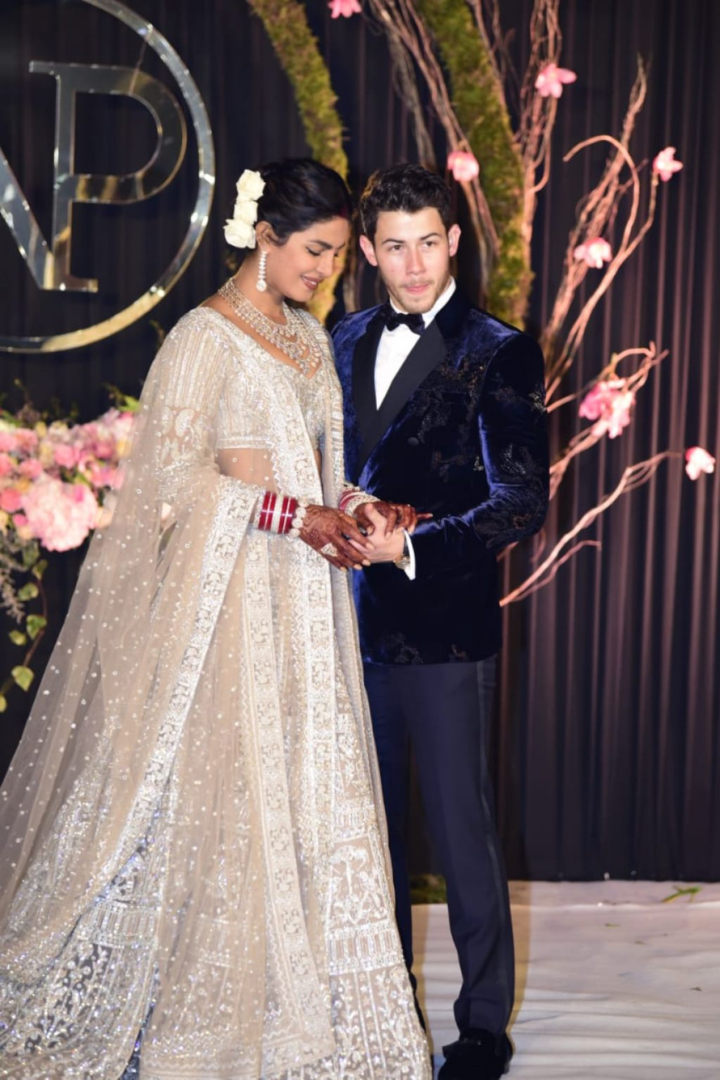 Priyanka Chopra and Nick Jonas  Wedding Photoshoot in Delhi 12042018