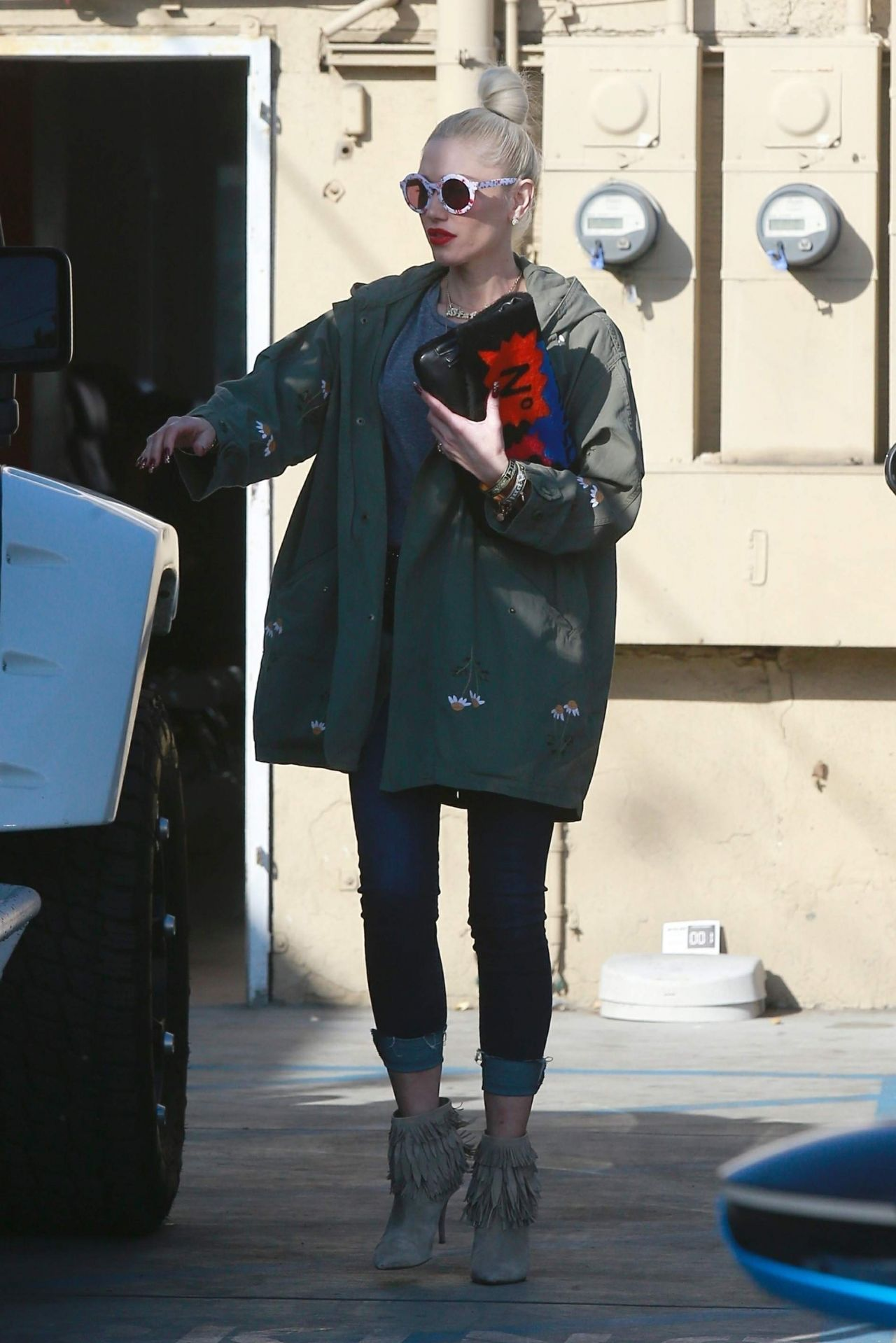 Gwen Stefani in Casual Outfit  Out in Los Angeles 01102019