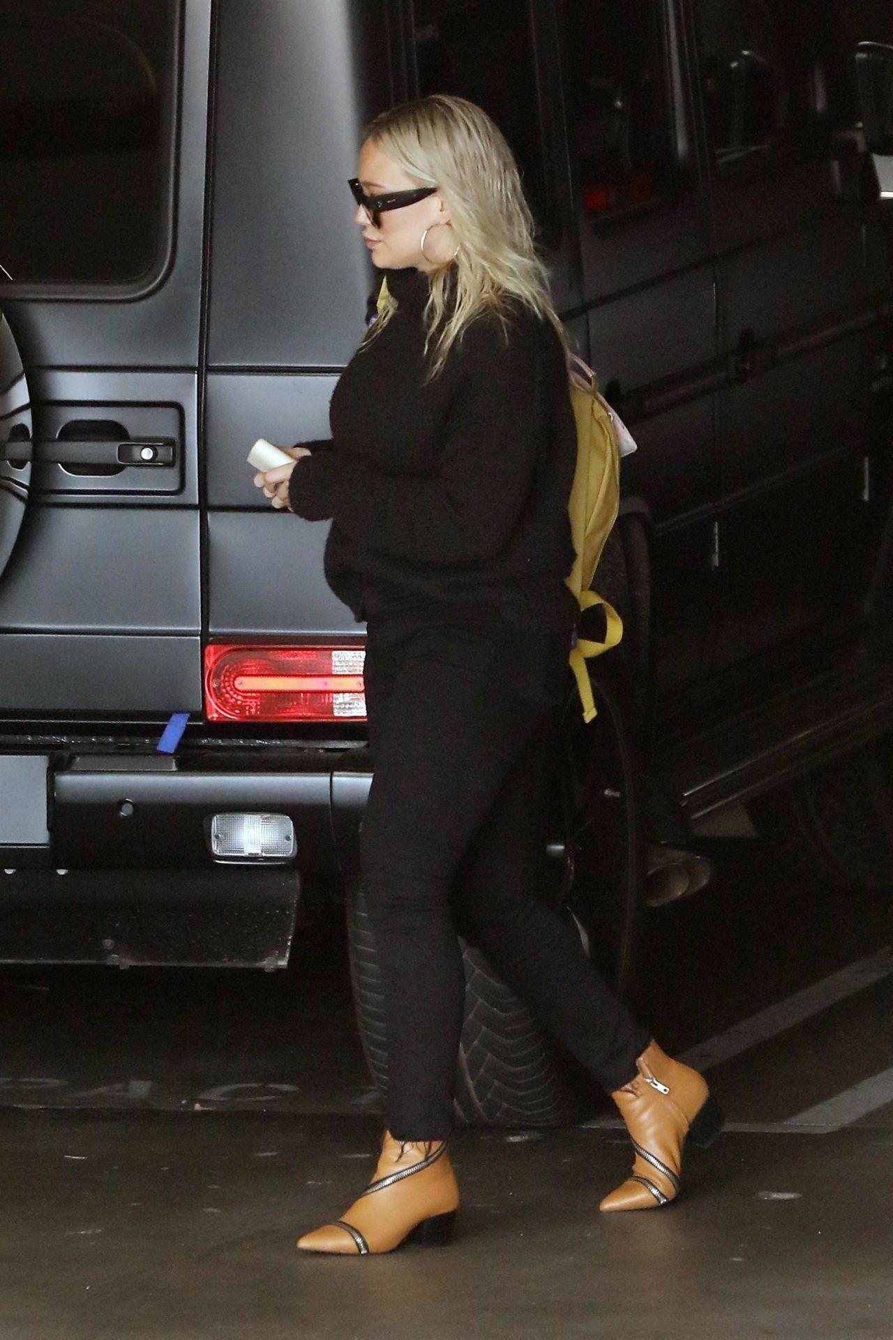 Hilary Duff  Out in LA 01302019
