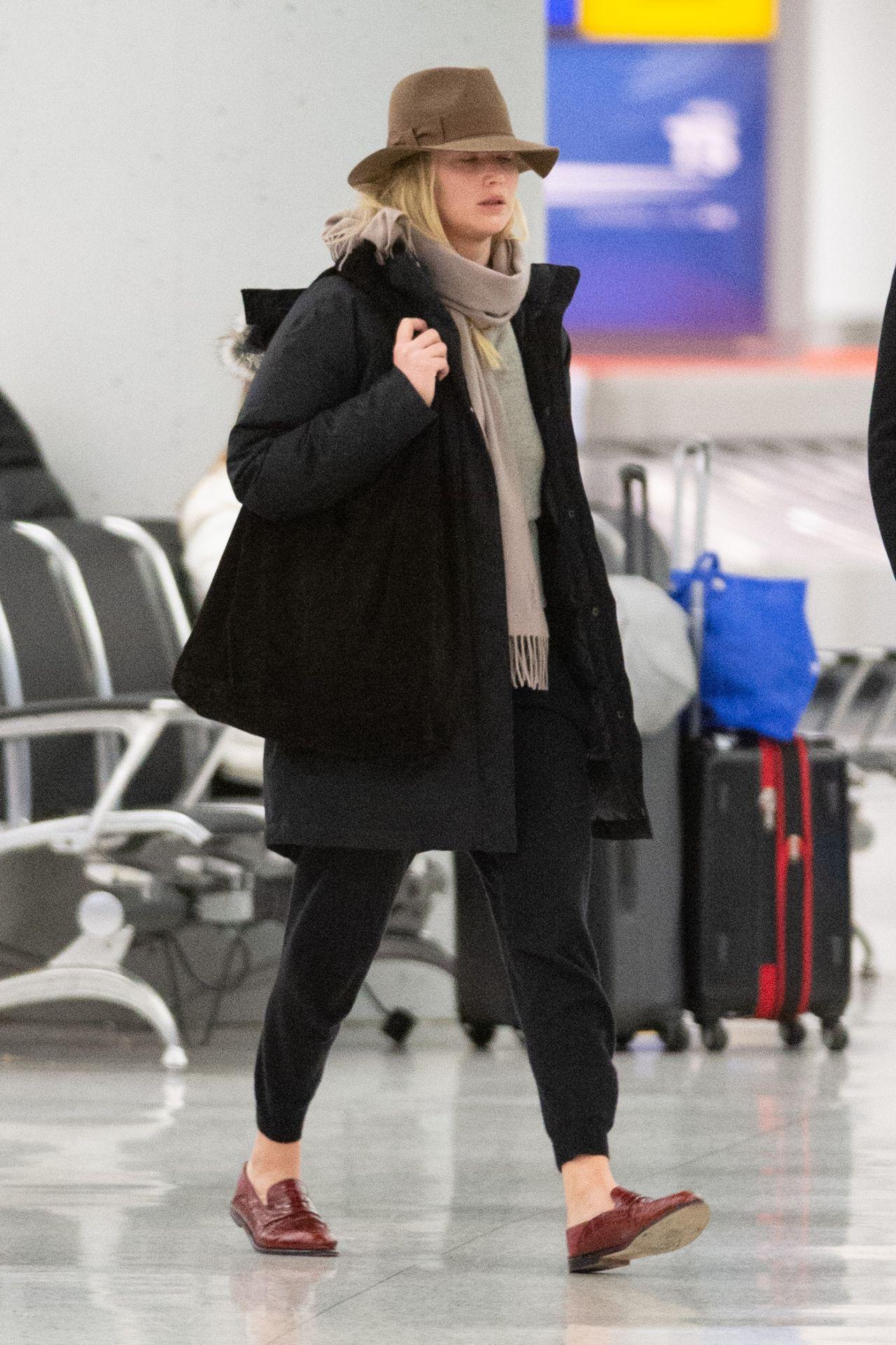 Jennifer Lawrence JFK Airport In New York 01062019
