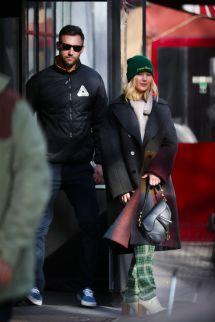 Jennifer Lawrence Street Fashion 01 29 2019