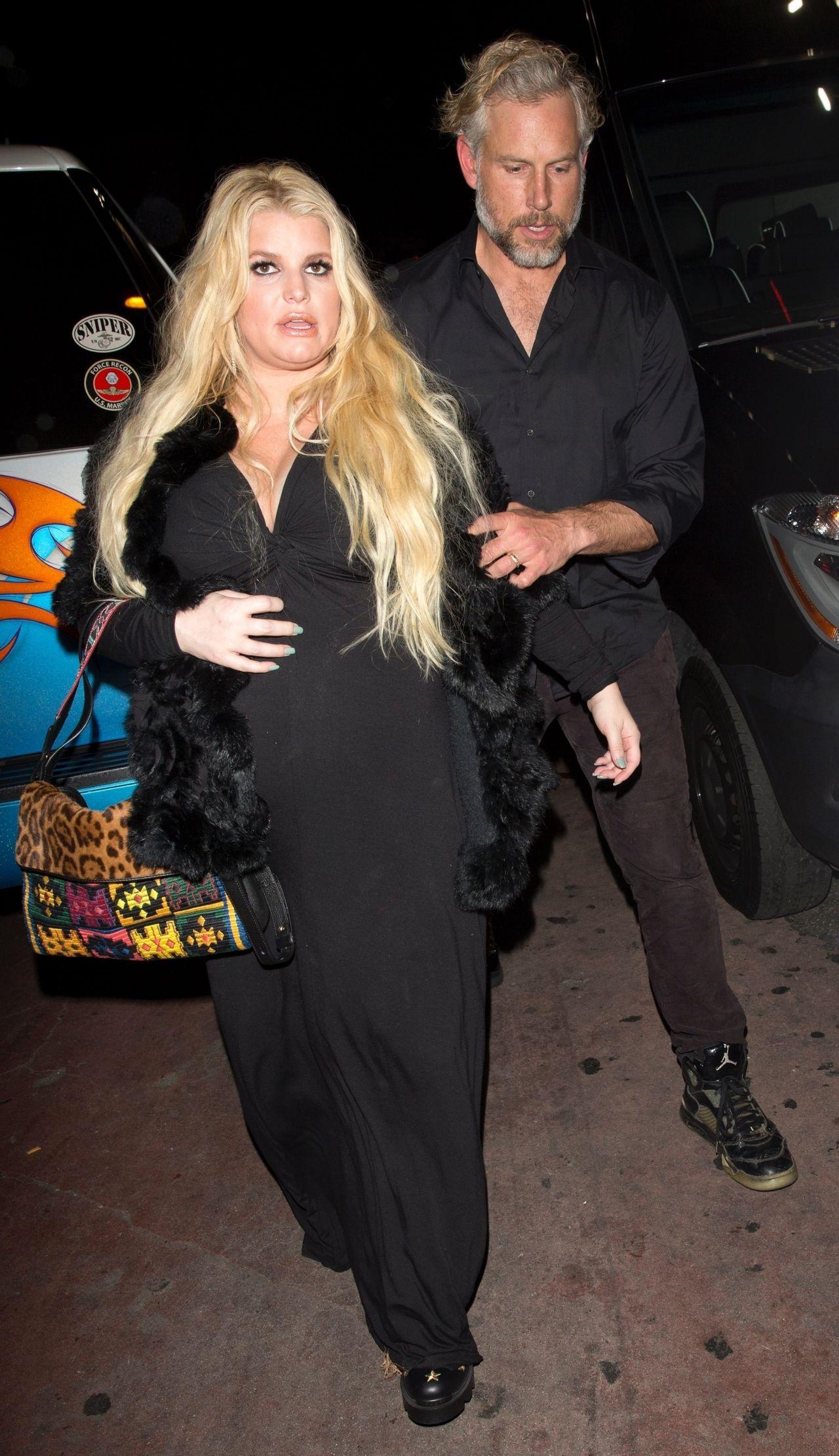 Jessica Simpson  Leaving The Roxy Theatre in LA 01182019