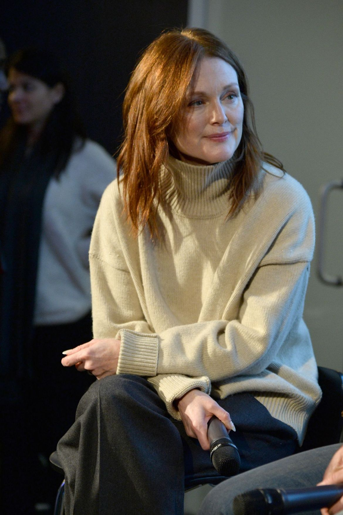 Julianne Moore – 9th Annual Peace Week Town Hall in NY