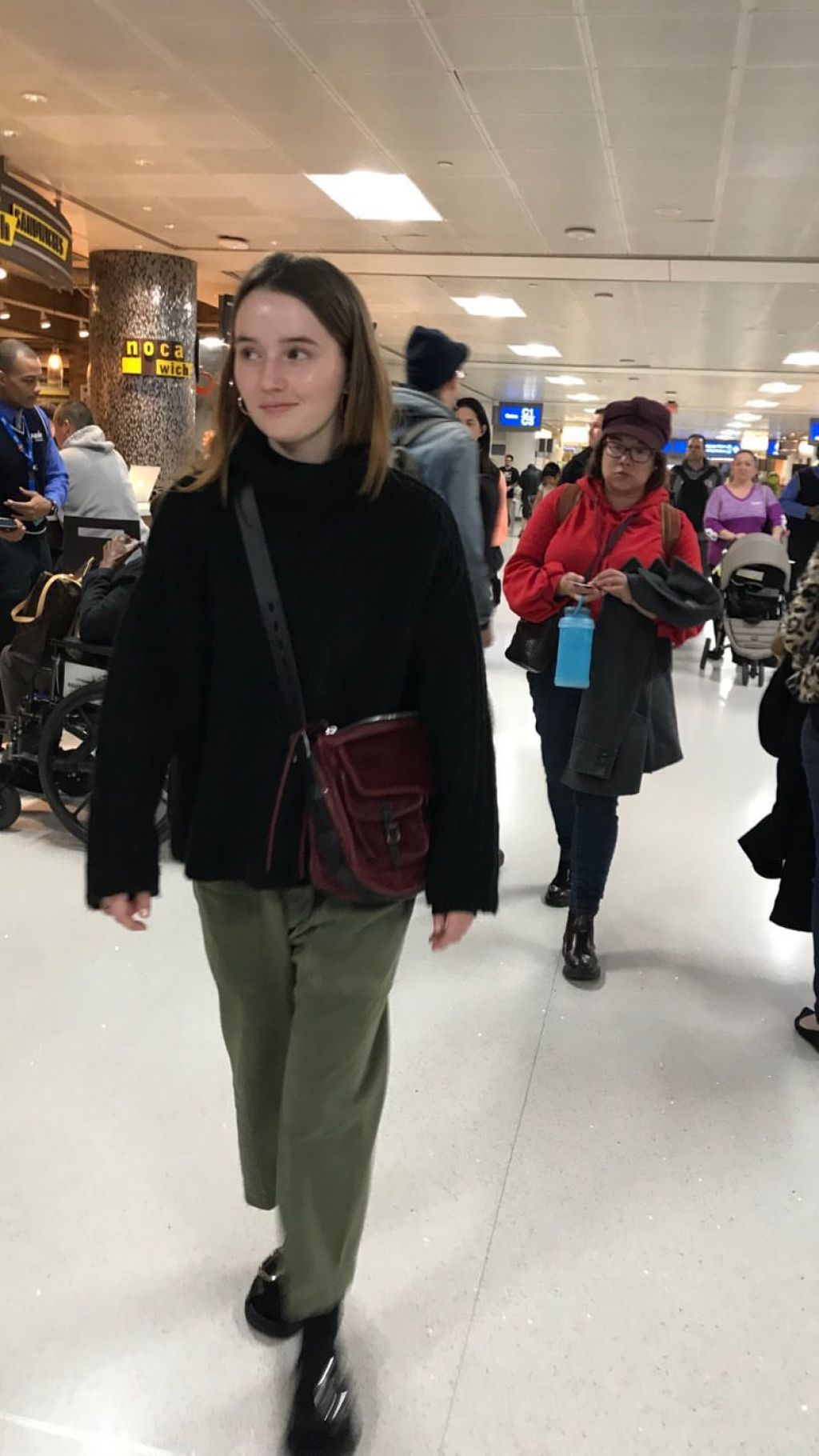 Kaitlyn Dever  Personal Pics 01082019