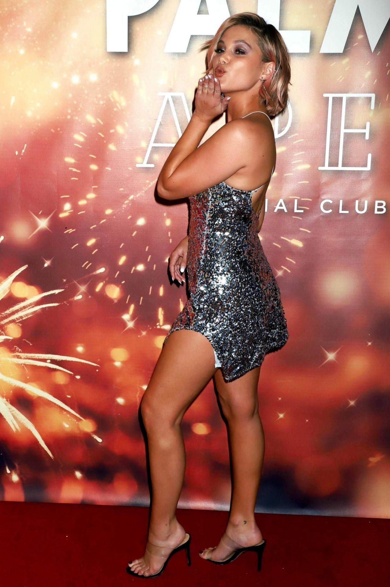 Olivia Holt  APEX Social Club in Las Vegas 01012019