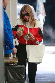 Sofia Richie In Casual Outfit - Beverly Hills 01 10 2019