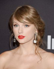 taylor swift instyle and warner